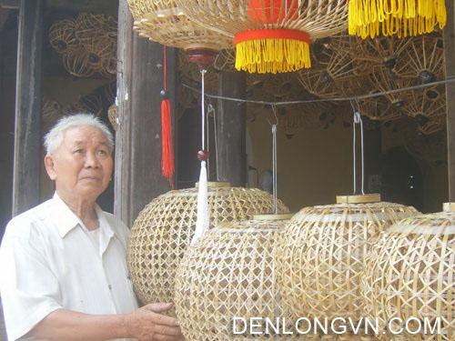 co so den long truyen thong lau doi o hoi an 4 Các cơ sở sản xuất đèn lồng truyền thống lâu đời ở Hội An