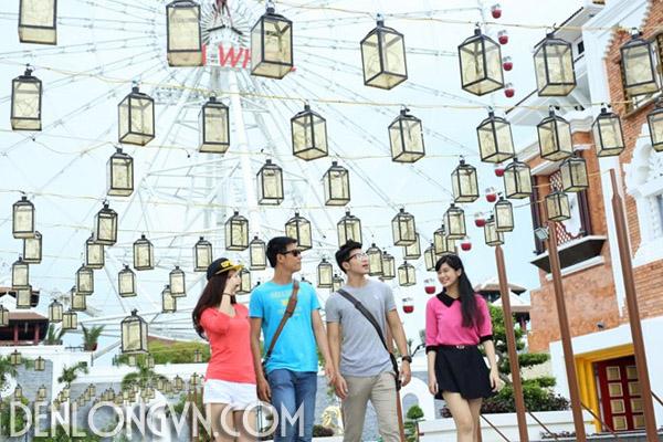 con duong den long dai nhat viet nam 4 Con đường đèn lồng dài nhất Việt Nam