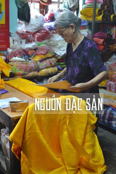 consetre cat vai Trang trí đèn lồng khu du lịch Con Sẻ Tre   Nha Trang