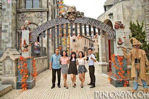 den long trang tri halloween