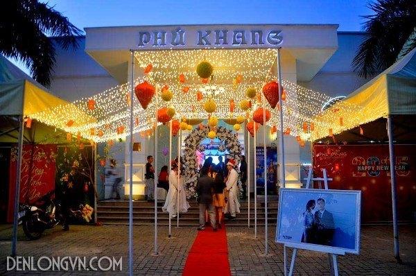 den long trang tri nha hang tiec cuoi 1 Đèn lồng trang trí nhà hàng tiệc cưới