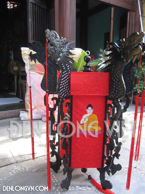 Đèn thêu tượng Phật chạm Rồng
