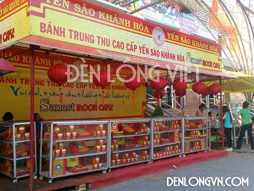 gian hàng bánh trung thu Yến Sào Khánh Hòa