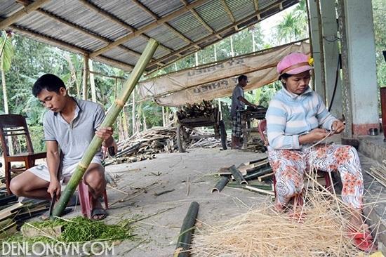 vot nan lam den long hoi an Chung tay phát triển nghề thủ công Việt
