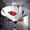 Đèn lồng đĩa bay vẽ hoa bèo