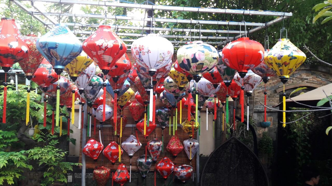Đèn lồng phi hoa trang trí || Đèn lồng Việt
