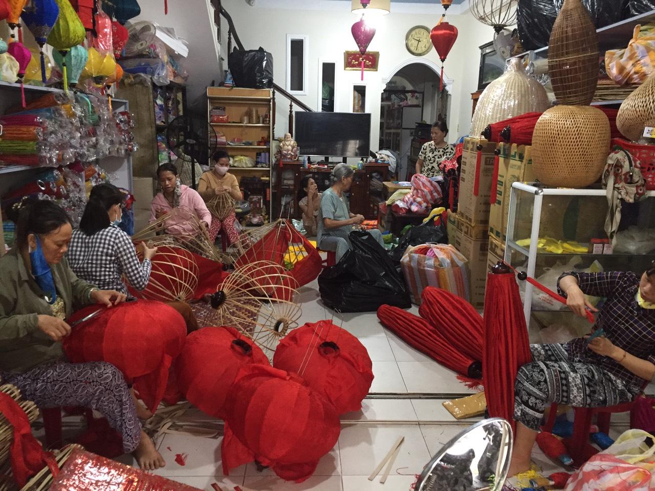 Liên hệ Đèn lồng Việt | Đèn lồng Hội An