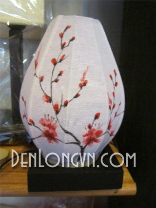 Đèn bàn trang trí họa tiết hoa anh đào