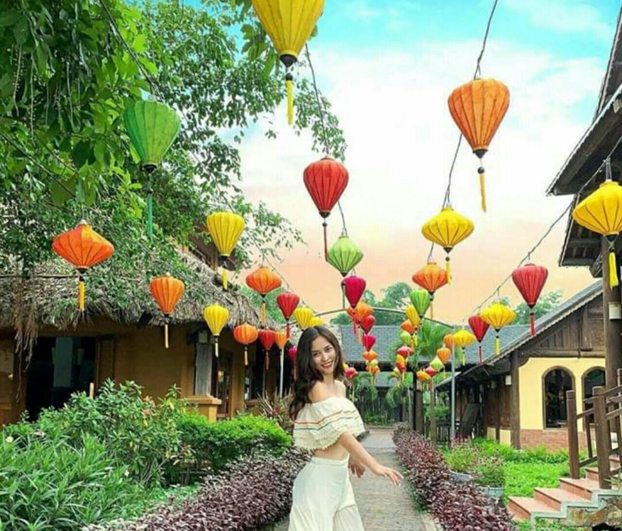 Lồng đèn trang trí phong cách làng quê
