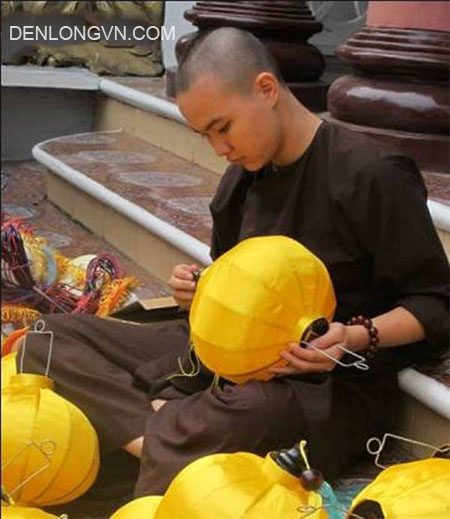 cung cap nguyen lieu lam den hoi an uy tin (2)