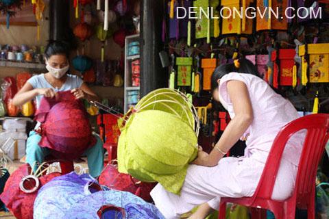 nghe lam den long o hoi an (1)