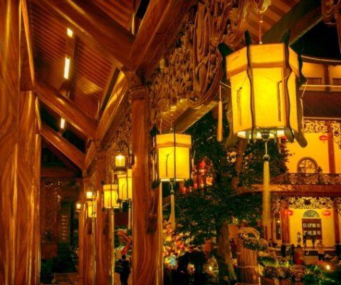 Đèn lồng gỗ hội an
